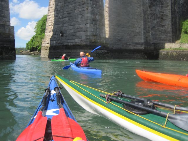 kayakers at menai Bridge